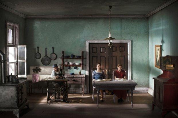 Zdjęcie numer 0 w galerii - Pewnego razu na Kazimierzu. Fotograf w niezwykły sposób rekonstruuje sceny z życia krakowskich Żydów