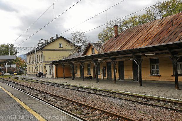 Perony dworca kolejowego w Zakopanem w 2017 roku