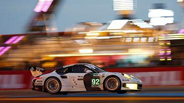 Porsche 911 RSR