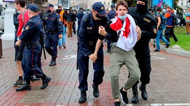 Wtorkowy protest studentów w Mińsku spacyfikowała milicja. Kilkadziesiąt osób zostało zatrzymanych