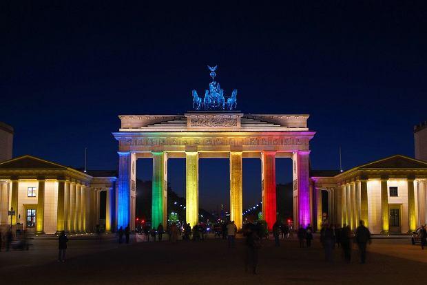 Berlin. Festiwal Świateł - Brama Brandenburska / shutterstock