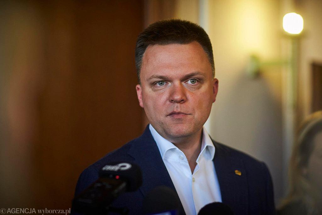 Szymon Hołownia w czasie spotkania z dziennikarzami w Łodzi, 15.05.2020.