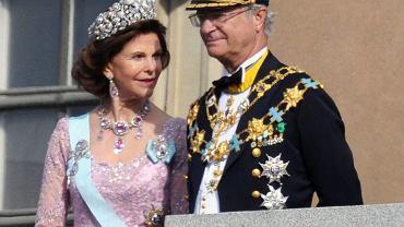 Szwecja wprowadza zmiany na królewskim dworze. Część wnuków króla stanie się osobami prywatnymi. Na zdjęciu: Król Szwecji Karol XVI Gustaw z małżonką