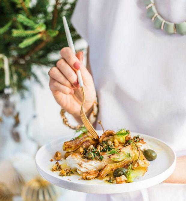 Mintaj konfitowany woliwie zkarmelizowanym fenkułem iorzechami