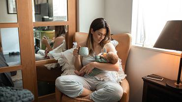 Świadczenie rodzicielskie. Komu przysługuje? Ile wynosi? (zdjęcie ilustracyjne)
