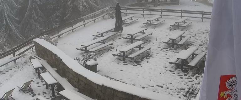 """Święto Niepodległości w śniegu. Biało w Zakopanem i w Beskidach. """"Fajna zima"""""""