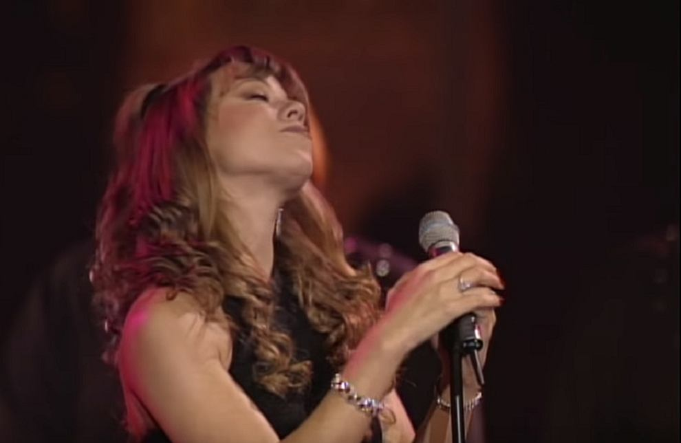 Mariah Carey - Silent Night (Live at St. John The Divine)