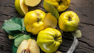 Pigwa słynie z dużej zawartości witaminy C (aż 15 mg w 100 g owocu). Zdjęcie ilustracyjne