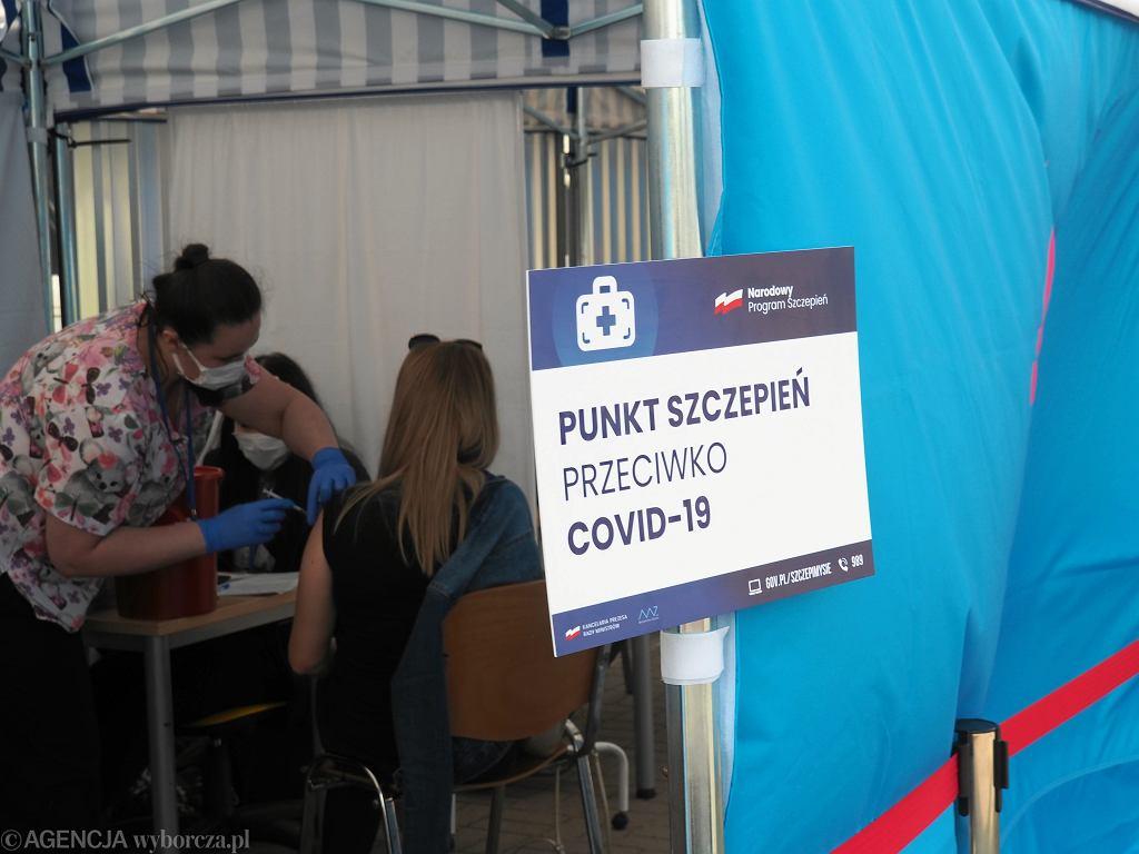 Szczepienia przeciw COVID-19 w Polsce - zdjęcie ilustracyjne
