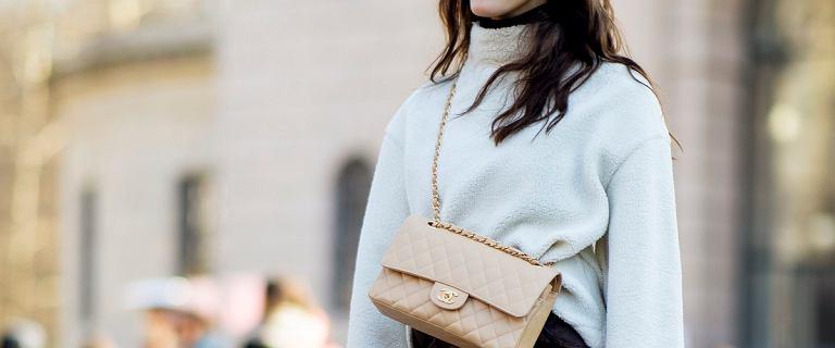 Modne swetry na jesień, które pokochały influencerki. Znalazłyśmy podobne modele w dobrych cenach