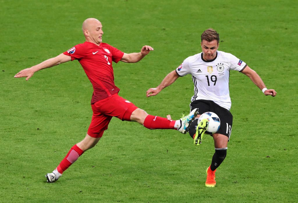 Euro 2016. Michał Pazdan i Mario Goetze