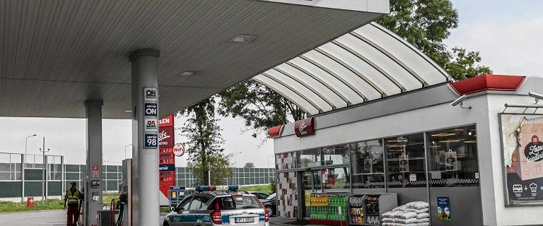 Mocno drożeje paliwo w polskich rafineriach. Orlen uspokaja