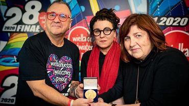 Olga Tokarczuk przekazała medal noblowski