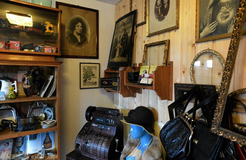 Zdjęcie numer 12 w galerii - Przedmioty z minionej epoki. Retro Garaż jest pełen tajemnic