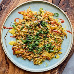 Okonomiyaki z brukselki i dyni