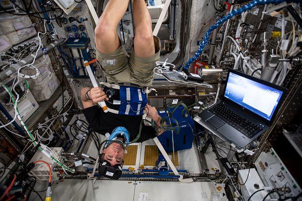 Najlepsze zdjęcia 2020 roku na Międzynarodowej Stacji Kosmicznej
