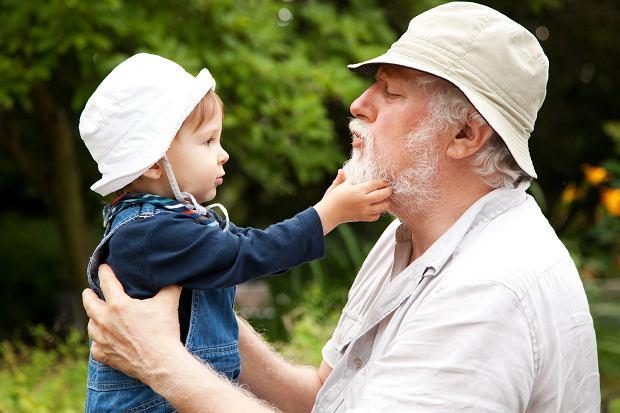Dziadkowie często robią z wnukami to, na co nie mieli czasu, gdy wychowywali dzieci.