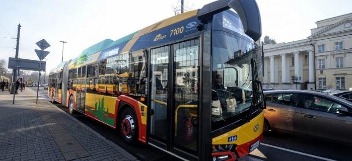Największy w Europie przetarg na autobusy elektryczne rozstrzygnięty. Warszawa dostanie 130 Solarisów
