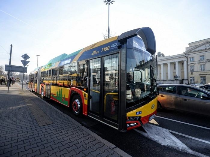 Autobus elektryczny Solaris Urbino 18 testowany w Warszawie