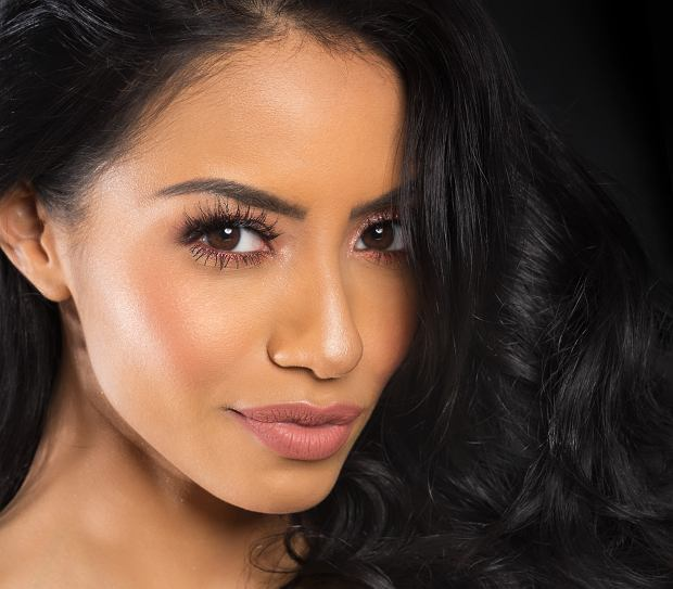 Idealny makijaż brwi krok po kroku. Dzięki tym 3 tanim produktom osiągniesz efekt wow