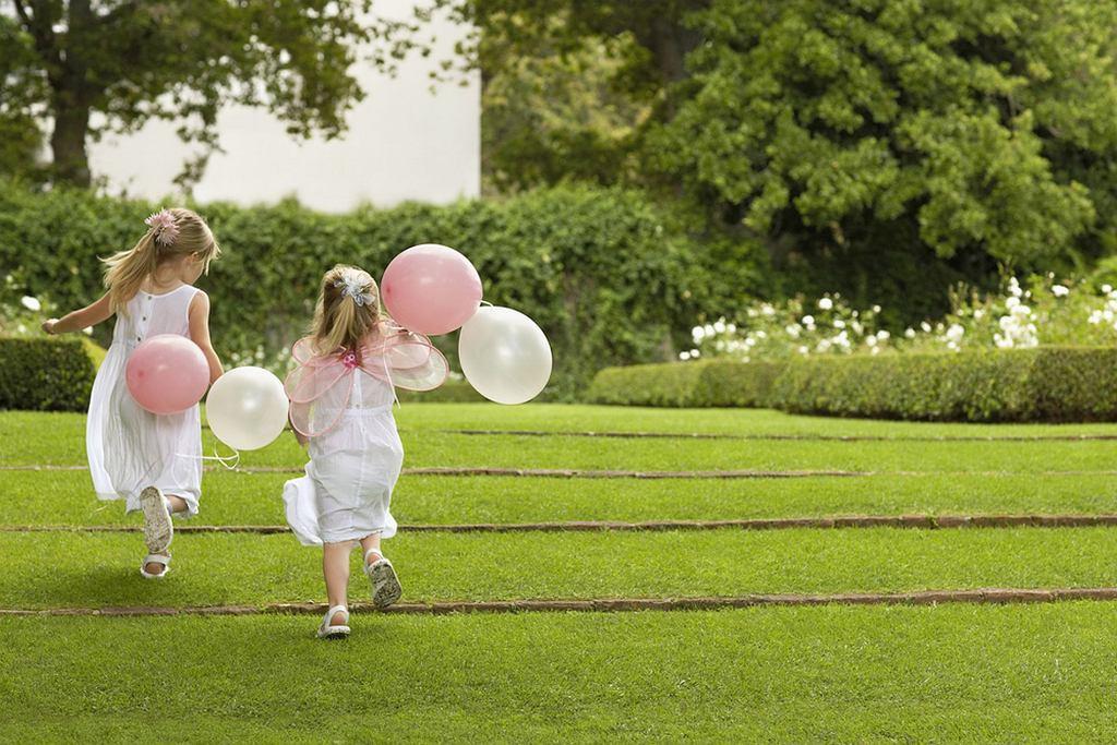 Dzieci na weselu to dla wielu temat dyskusyjny