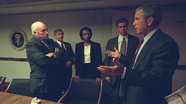 Niepublikowane dotąd zdjęcia administracji George'a W. Busha z 11 września 2001 roku