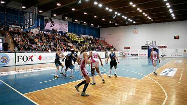 Mecz Artego Bydgoszcz z Widzewem Łódź
