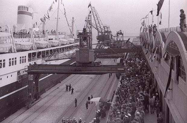Zdjęcie numer 4 w galerii - Dworzec Morski w Gdyni skończył 85 lat. Zobacz, jak się zmieniał [ARCHIWALNE ZDJĘCIA]