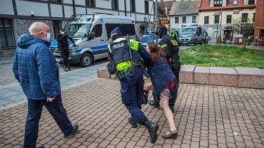 Policja może użyć ŚPB wobec osób, które nie chcą poddać się badaniu (zdj. ilustracyjne)