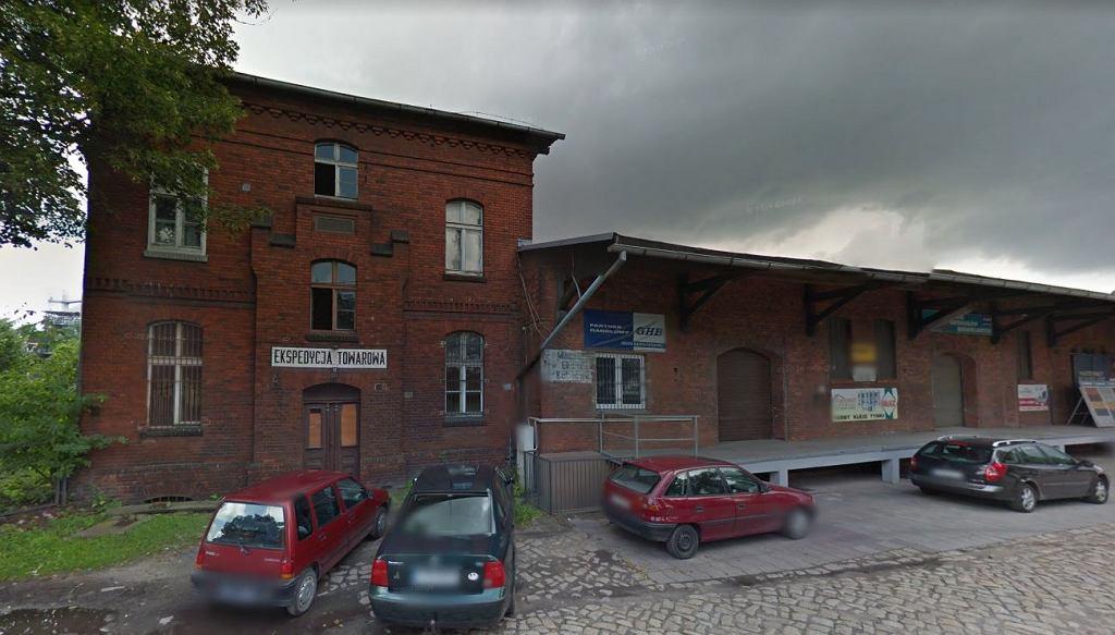 Kobieta miała być przetrzymywana w jednym z budynków na terenie dworca w Chełmży