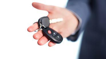 Savoir-vivre: powitanie z kluczykami w ręku