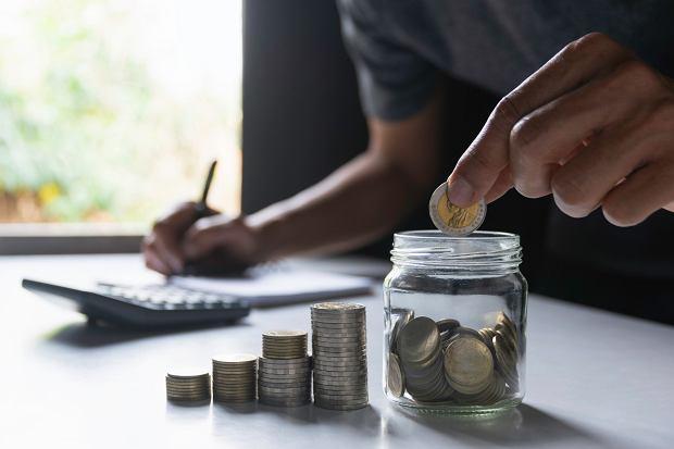 Niemcy oszczędzanie na emeryturę traktują w takich samych kategoriach jak obowiązek comiesięcznego opłacania rachunków za prąd czy wodę (fot: Shutterstock.com)
