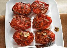 Pieczone pomidory z masłem ziołowym - ugotuj