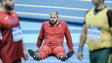 W pierwszym dniu Halowych Mistrzostw Świata w Sopocie liczyliśmy na medal Tomasza Majewskiego (na zdjęciu). Dwukrotny mistrz olimpijski zajął jednak 4. miejsce. Dobrze spisali się inni Polacy, m.in. Angelika Cichocka (800 m), Kamila Lićwinko i Justyna Kasprzycka (skok wzwyż), Justyna Święty (400 m) oraz Marcin Lewandowski i Adam Kszczot (800 m) - wszyscy z bardzo dobrymi wynikami awansowali do finałów swoich konkurencji. Zapraszamy na galerię zdjęć z pierwszego dnia zawodów.