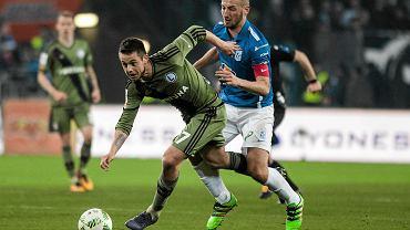 Lech Poznań - Legia Warszawa 0:2. Ariel Borysiuk (Legia) i Łukasz Trałka (Lech)