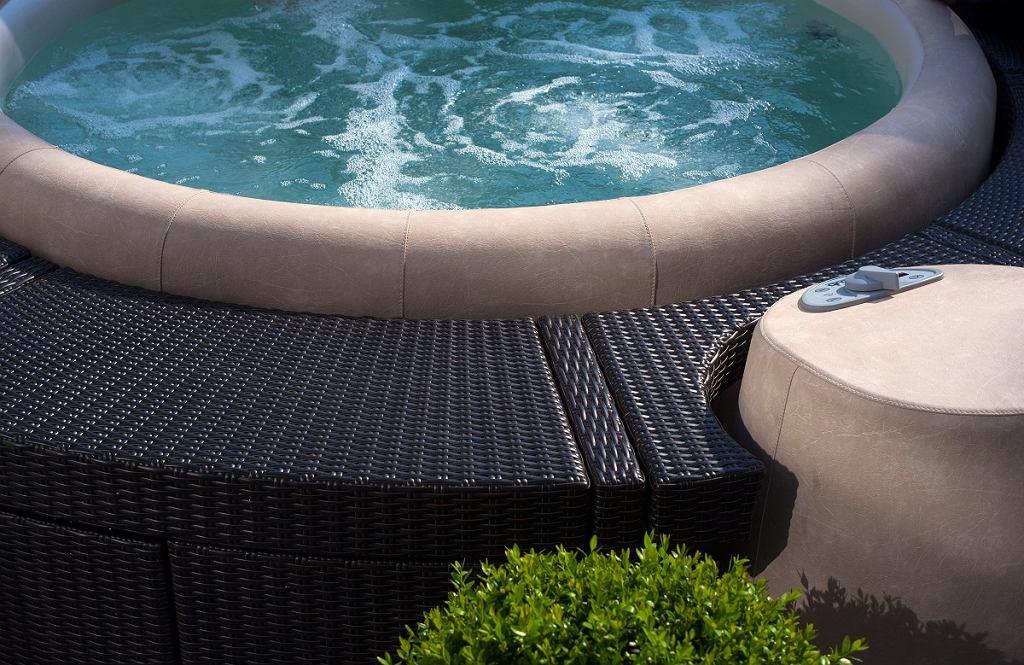 Przyjemna temperatura wody podczas kąpieli odpręża ciało poprawia krążenia krwi
