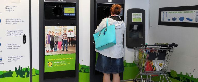 10 eurocentów za każdą butelkę wrzuconą do automatu. Pora na Polskę