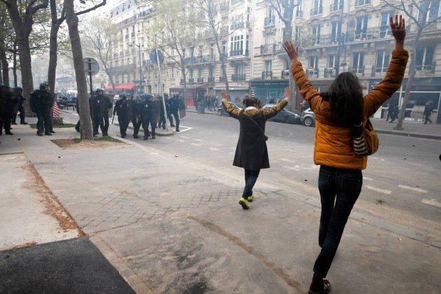 Francja: dalsze protesty przeciwko nowemu prawu pracy. Czego boją się Francuzi?