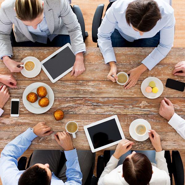 Jedzenie w firmie? Narzędzie indoktrynacji