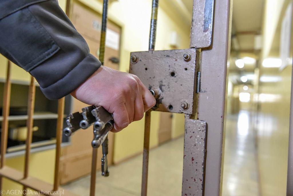 74-latek czeka na proces w areszcie tymczasowym (zdjęcie ilustracyjne)
