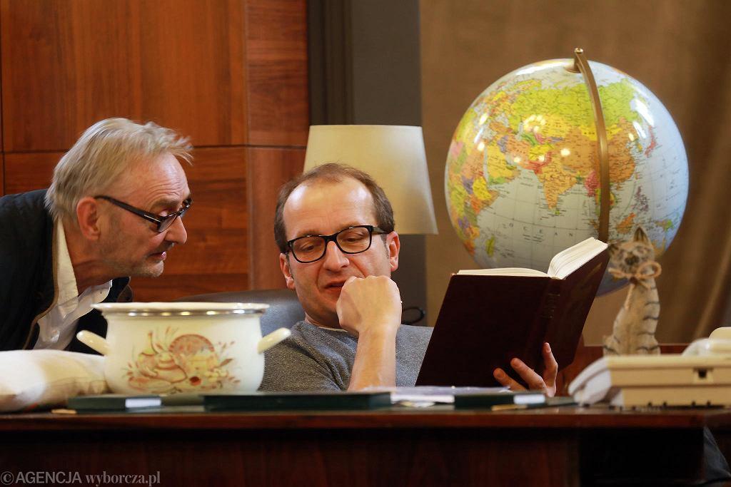 Jerzy Bończak i Robert Górski na próbie spektaklu 'Ucho Prezesa, czyli scheda', Teatr 6. Piętro.  / JACEK MARCZEWSKI
