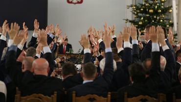 33. posiedzenie Sejmu przeniesione przez PiS do Sali Kolumnowej