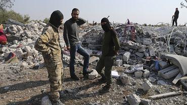 Zniszczone zabudowania w wiosce Barisha w prowincji Idlib w Syria, w której wysadził się ścigany przez Amerykanów Abu Bakr al-Baghdadi