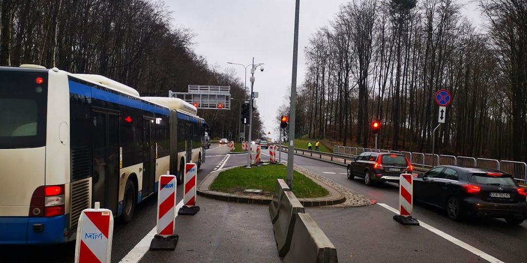 Kontrapas na Chwarznieńskiej w Gdyni/ fot. ZDiZ