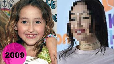 Noah Cyrus, niespełna 17-letnia siostra Miley Cyrus, co chwilę przechodzi metamorfozę. Na jednej z ostatnich imprez celebrytka wyglądała jeszcze inaczej niż gdy ostatnio mogliśmy ją oglądać. Noah zmieniła fryzurę i makijaż, a także lekko się zaokrągliła. Zobaczcie, jak teraz wygląda!
