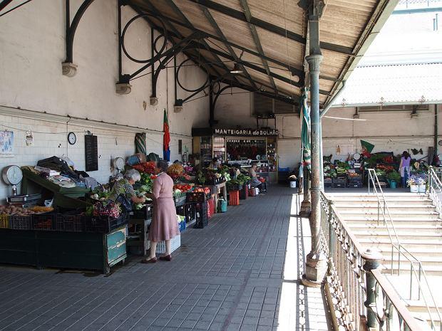Mercado do Bolhao - jedno z najtańszych miejsc, w których można zjeść w Porto