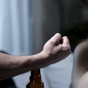 Przemoc domowa (zdjęcie ilustracyjne)