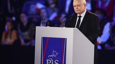 Prezes PiS Jarosław Kaczyński podczas przemówienia.
