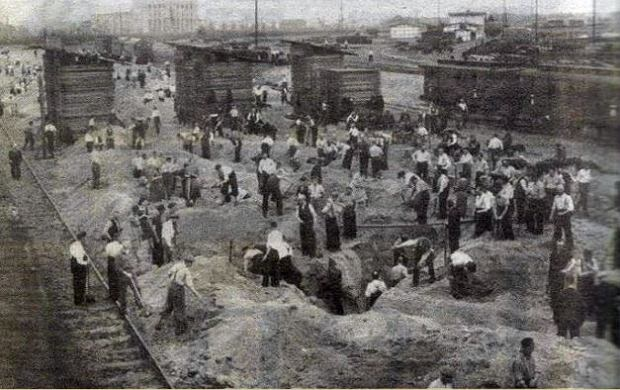 Zdjęcie numer 0 w galerii - Ostatni dzień wolnej Bydgoszczy. Miasto pod bombami [HISTORYCZNE ZDJĘCIA]