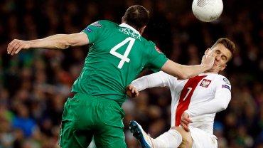 Jedno z nieczystych zagrać Irlandczyków. Ucierpiał Arkadiusz Milik